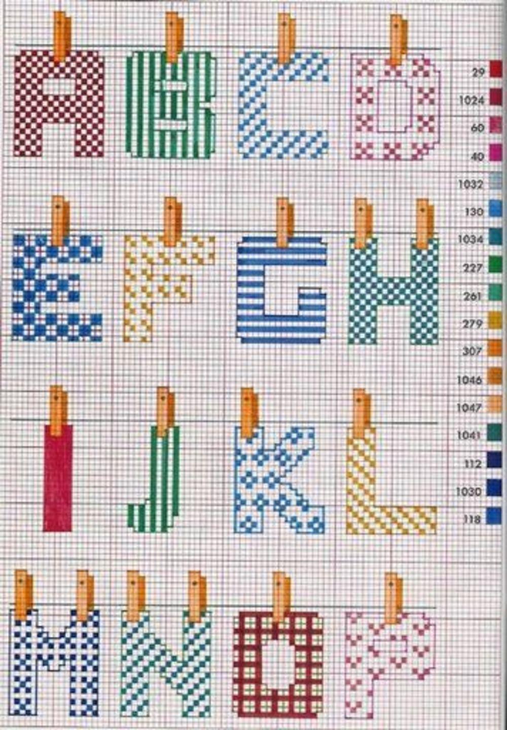 Schema punto croce alfabeto con le lettere stese (1)
